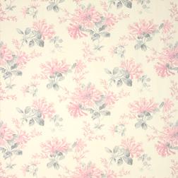 Гардинная ткань в крупные цветы нежно-розового цвета HONEYSUCKLE TRAIL (Cyclamen)