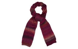 Вязаный шарф в красно-бордовых тонах в горизонтальную размытую полоску SH 306