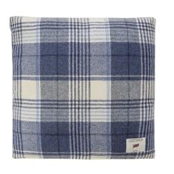 Квадратная декоративная подушка из шерсти в клетку темно-синего цвета CRANBOURNE 43*43 (Dark Seaspra