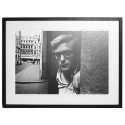 Картина-фото в черно-белой гамме MICHAEL CAINE FRAMED PRINT 62*84 (Black/White)