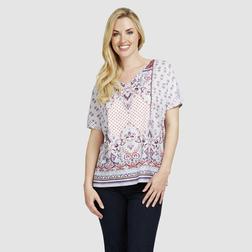 Красивая футболка голубого цвета с этническим принтом в розово-фиолетовых тонах TS 725