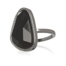 Элегантное кольцо из темного металла с кристаллом черного цвета JW 568