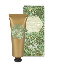 Крем для рук с ароматом свежескошенной травы и спелой груши FRESHLY CUT GRASS & PEAR HAND CREAM