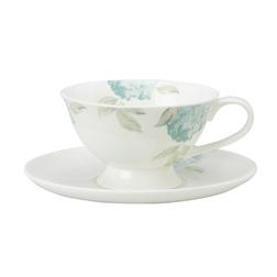 Чайная чашка с блюдцем украшена голубыми цветами HYDRANGEA CUP & SAUCER (Duck Egg)