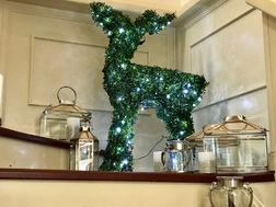 Светящийся олень зеленого цвета TOPIARY LIT REINDEER 114*66*13 (Green)