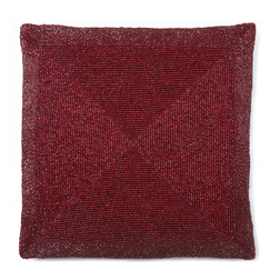 Квадратная подушка вышита бордовым бисером BEADED 35*35 (Red)