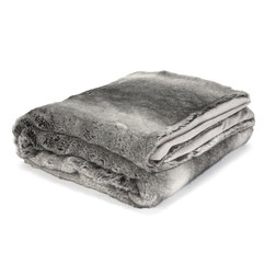 Серый плед большого размера DARTMOOR FUR LARGE 150*210 (Grey)